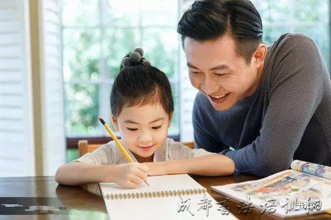 孩子练字很不错,写作业却没效果,家长请别急……