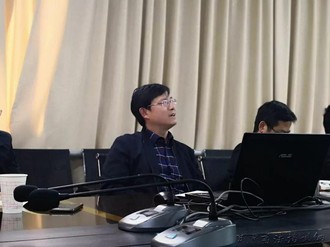 王兴国教授为四川大学书法专业学生讲座 –
